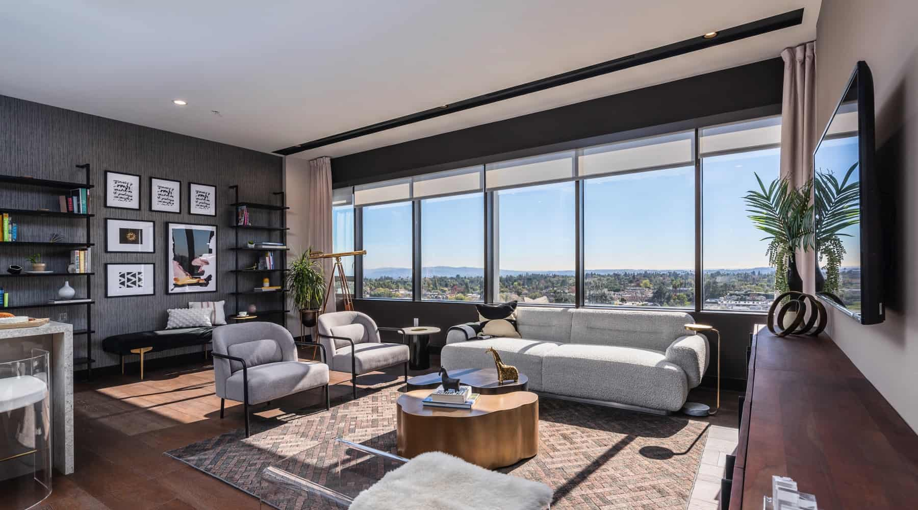 Penthouse_6_Living_Wide_View